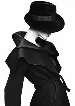 法国巴黎春夏时装秀(2007)—绽放的魅惑时尚