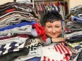 英女子购物成瘾欠40万元卖房还债