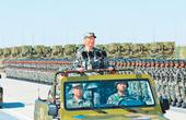 在中国特色强军之路上迈出坚实步伐