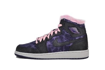 aj女子篮球鞋