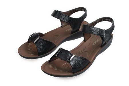 中老年女款平底凉鞋