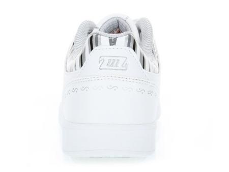 白色/灰色 女 板鞋