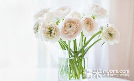真爱久久花束1束,红 粉 白玫瑰9支,韩式包装配叶尽显浪漫情缘,节假日通用