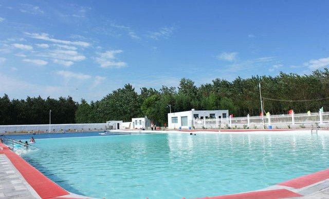 游泳 绘画 苏州水上乐园游泳