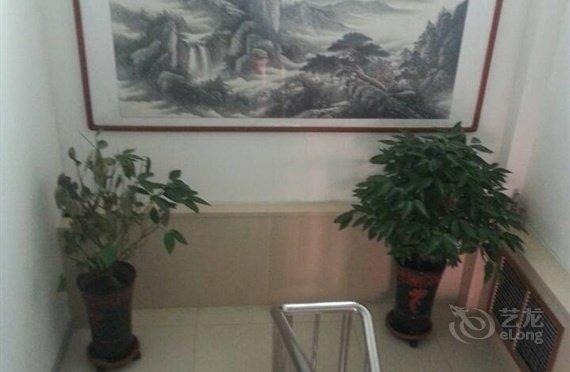 美食大床房位于1晚+免费wifi!商务住宿西部中关香港香港仔有宾馆的图片