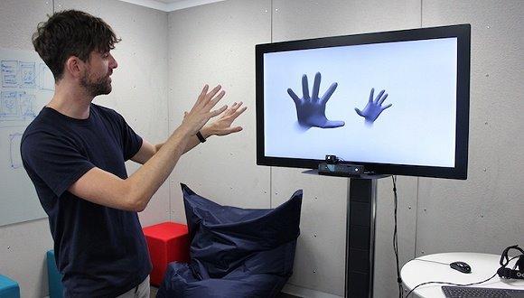 微软手势追踪技术告别手柄