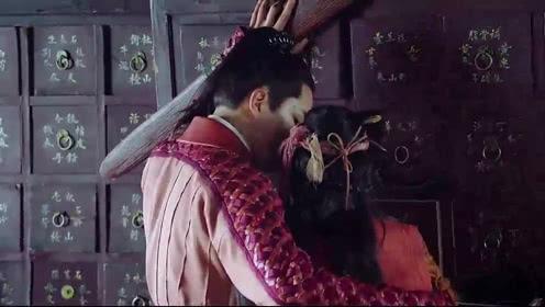 媚者无疆:晚媚差点被柜子砸到,长安一手护住了她