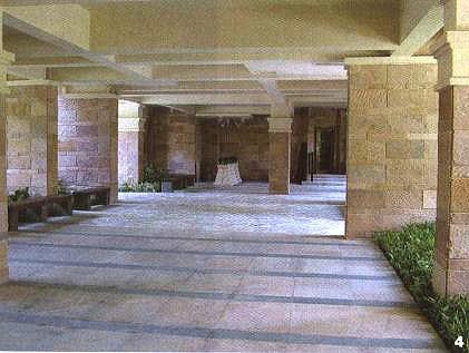 钢结构和钢筋混凝土则可垄断了所有的现代建筑的架空