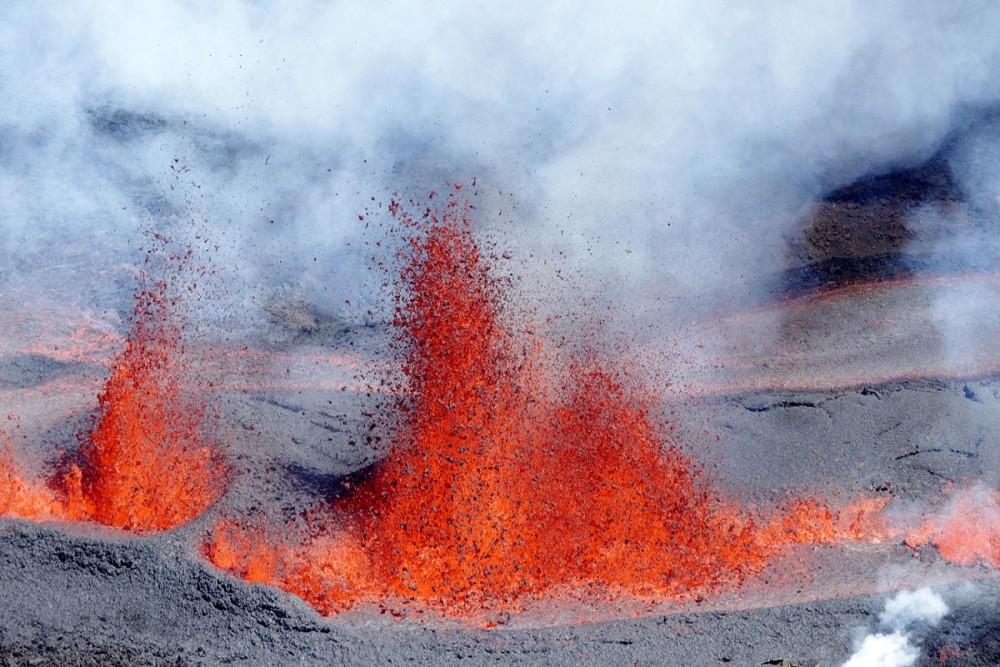 震撼壮美!2016全球火山喷发纪实 - 周公乐 - xinhua8848 的博客
