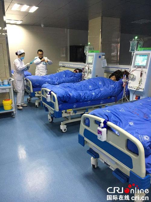 达州:情系患者 南坝镇成立血液透析中心