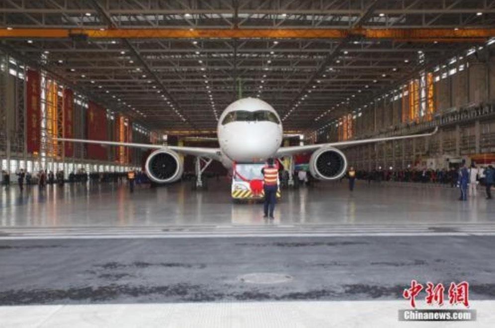 国产大飞机首飞在即,哪些概念股有望受益?