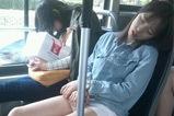 妹子好像累坏了
