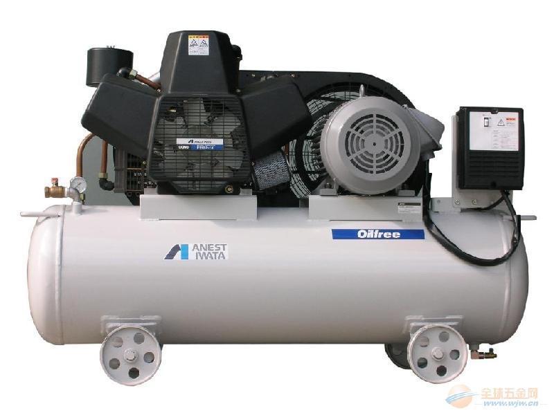 无油空气压缩机是气源装置中的