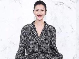 学学大表姐刘雯穿搭你也能成为时尚的衣架子