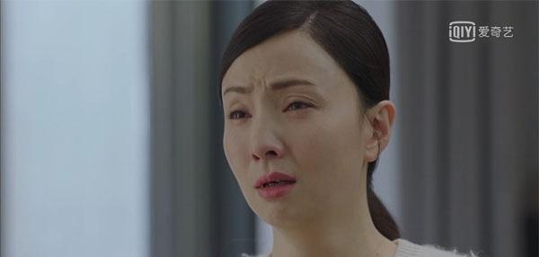 《小欢喜》英子情绪爆发,当着宋倩的面跳河:我就想要逃离你