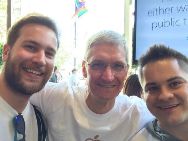 苹果CEO库克正式宣布出柜:生为同性恋我感到自豪 - 金色夕阳 - 金色夕阳——花老头——蔫老倌