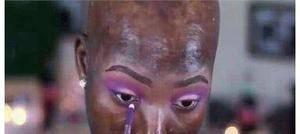 非洲女生觉得自己丑,一次用掉7瓶粉底后,惊艳了!_图1