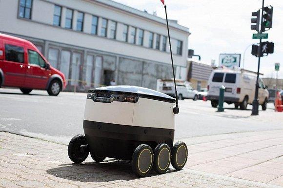 硅谷送外卖已经开始用机器人了 这篇文章跟拍了它第一天工作的场景