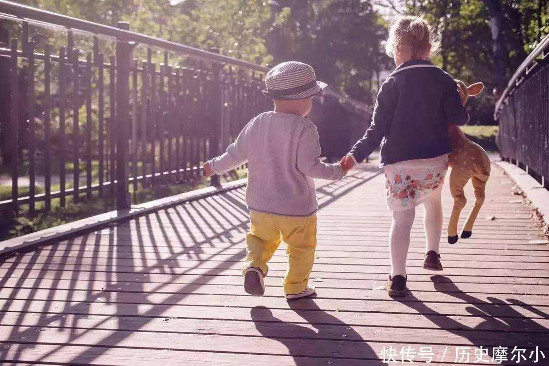 想要儿女孝顺,做父母的不要做3件事,别等到老了才想明白
