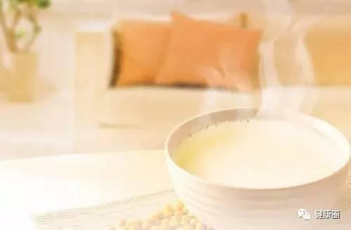 常喝牛奶的女人和常喝豆浆的女人,真的差很多! - 天地一沙鸥 - 日常生活宝典