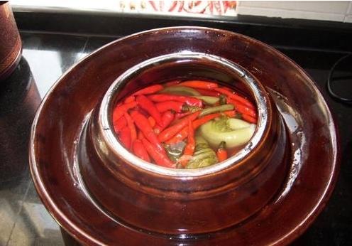 《舌尖3》把四川泡菜夸上了天,那和韩国泡菜比