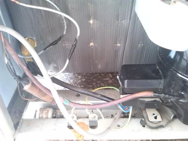 电冰箱压缩机不工作很烫手也不制冷
