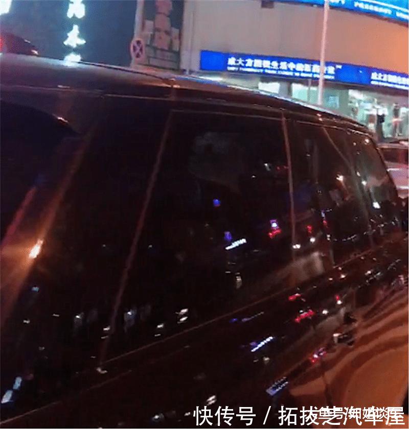 104万路虎揽胜现盘锦街头,本不会注意,但车牌号实在太霸气!