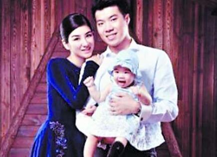 黄毅清曝黄奕再婚怀孕,两人已离婚四年,一个月前才说此生勿扰