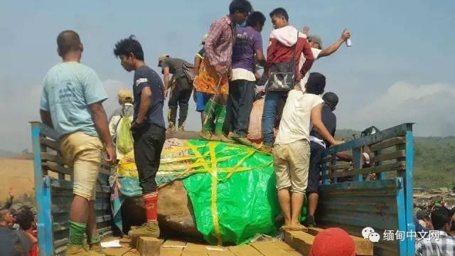 缅甸发现7吨地球级玉原石 警方:如果价格协商未果很容易引发冲突 -  - 真光 的博客