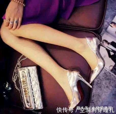 回眸靓丽网 细高跟鞋轻松展现女性优美气质,是女人时尚秘密,显身高又显腿瘦