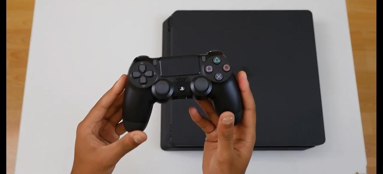PS4 Slim开箱视频泄露