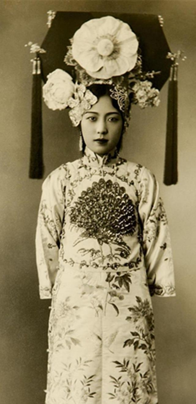 谁说清朝无小偷,老照片带你看看清朝美女长什绑架被美女美女图片