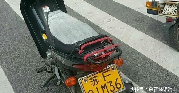 报废的摩托车千万不要卖废铁,车上中两个物品或许可以换一辆车!