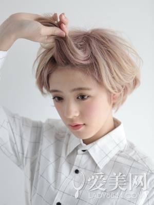 短发发型扎法步骤刘海提升甜美度
