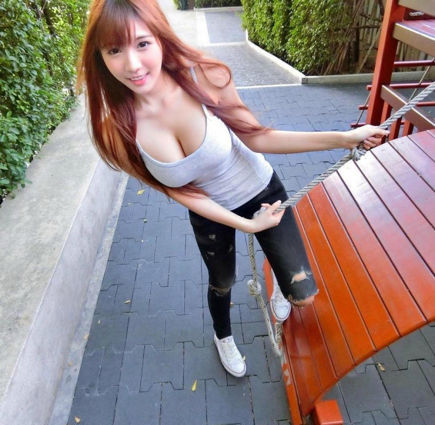泰国女模Arisara Karbdech的火辣身材,受得了吗?