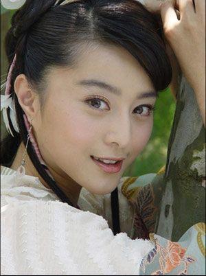 黄晓明女友angela baby被曝整容前后对比照片(组图)