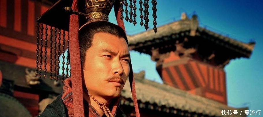 历史上各朝代的皇帝朝服,汉朝暗黑,唐朝明黄,哪