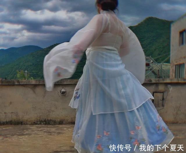 胖女孩不适合汉服,看到照片被惊艳到了,这是仙女姐姐插图(1)