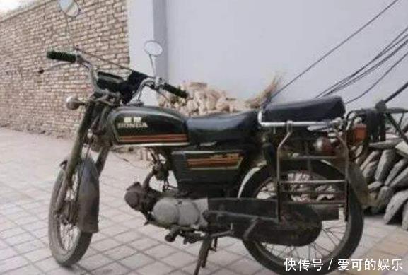 4辆被叫老古董的摩托车!只要碰过一辆就得服老:小年轻真没见过