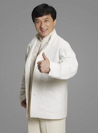 成龙 是继李小龙之后影响力最大的功夫巨星