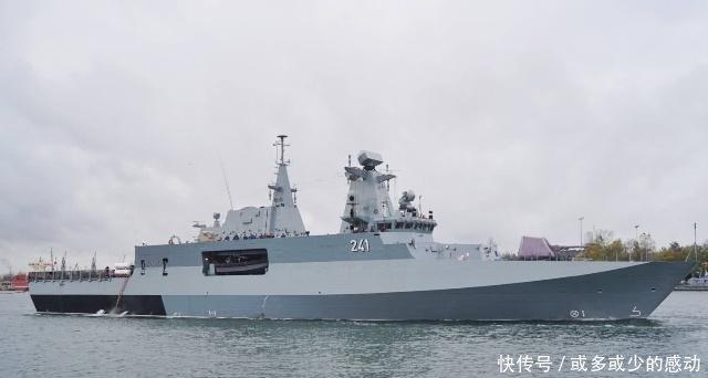 波兰海军最新战舰终于出海试航