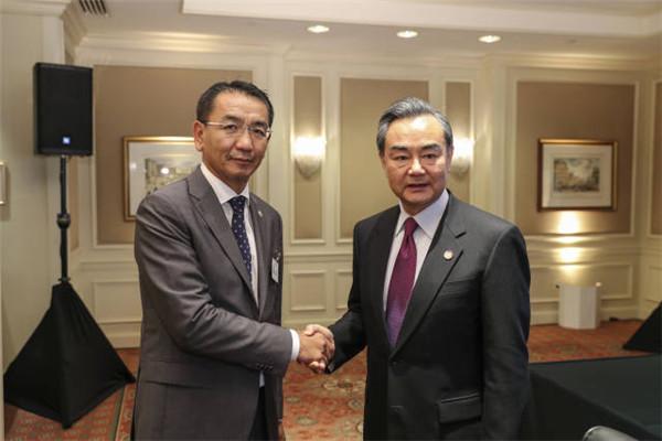 """蒙古国新年将至 中国送了一个""""超级大礼包"""""""