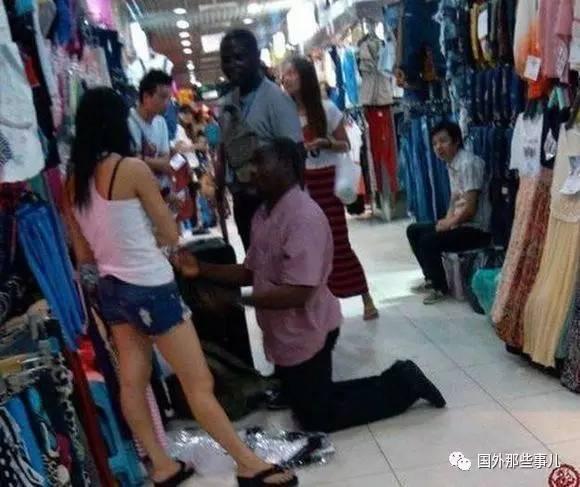 广州上万黑人期望娶中国女孩 - 后老兵 - 雲南铁道兵战友HOU老兵博客;