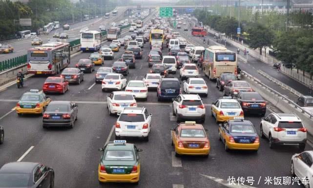"""只会""""拉高速""""去除积碳?老司机私藏绝招,学会既省事又省油"""
