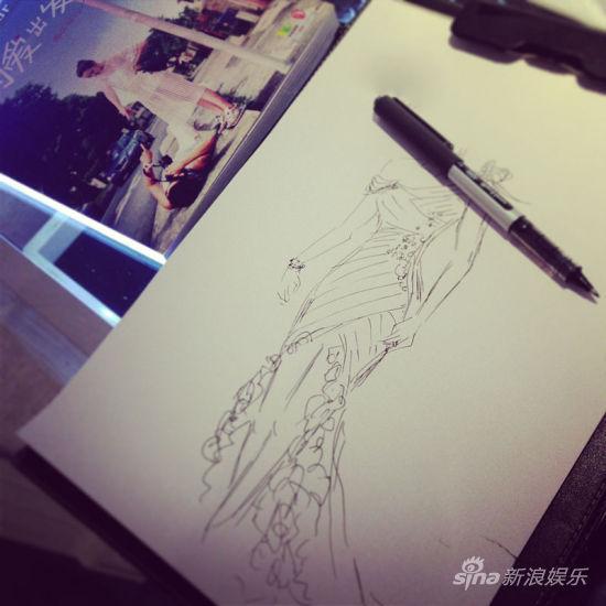 黑白手绘婚纱设计图展示