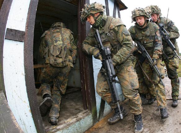 各国军人每年挣多少 解放军工资单曝光 - hufange - hufange的博客