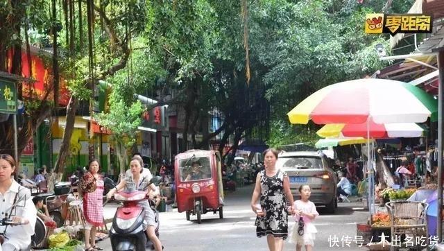 """宜宾这条藏在""""城中村""""里的街道,进去容易出来难"""
