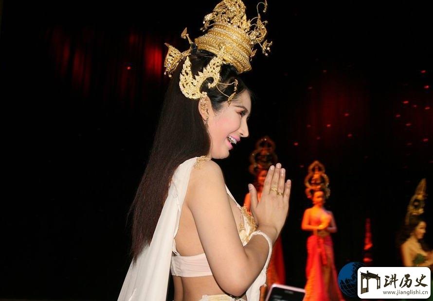 绝密!我与泰国人妖三次亲密接触