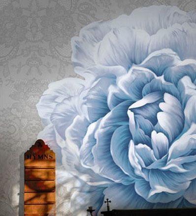 这种手绘墙画就是作为家里的主要装饰物出现的