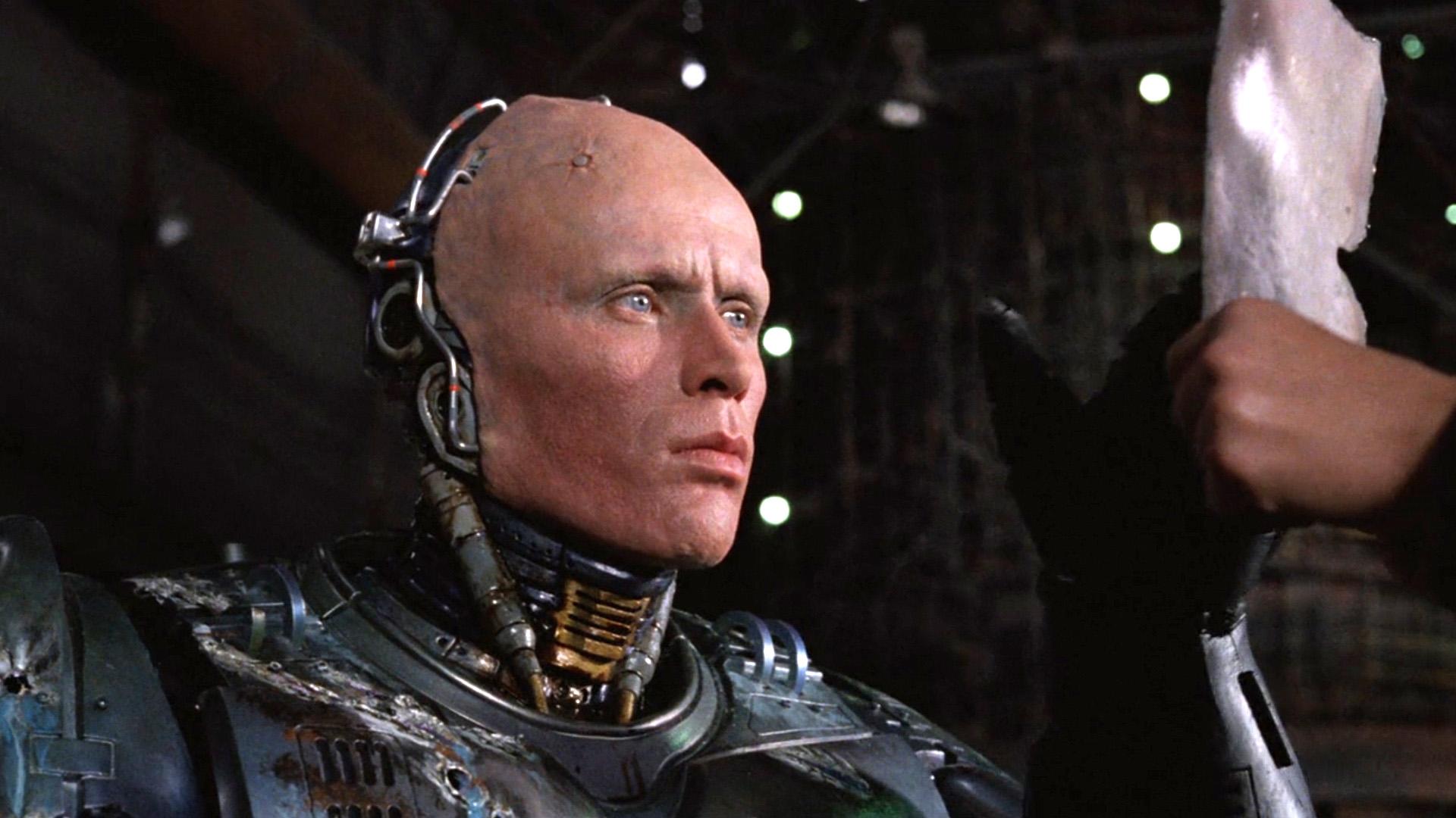 6分钟看完科幻电影《机械战警1》
